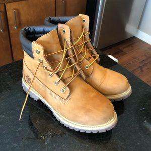 Timberland Boots Women's Size 8
